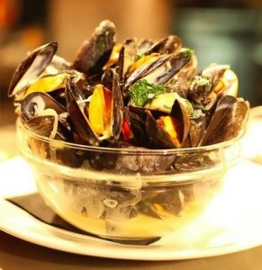 bowl-of-mussels