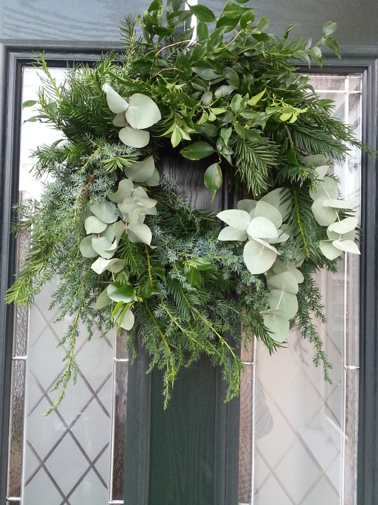 Christmas Wreaths and Garlands – a tradition with a personal touch